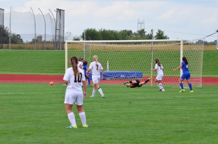 Hanna Harris gets a save. (Photo: Allyson Weislogel)