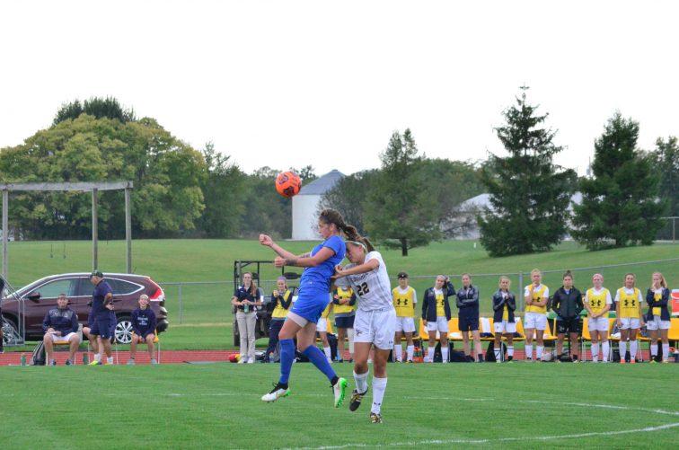 Jocelyn Quirple plays hard defense against her opponent. (Photo: Allyson Weislogel)